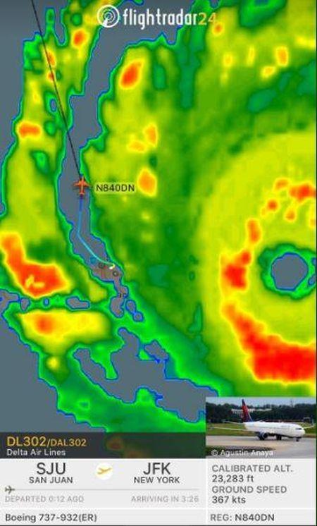 May bay Delta lieu linh cho 173 hanh khach xuyen qua sieu bao Irma - Anh 3