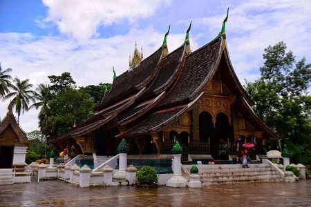 Hanh trinh Luang Prabang: Co do ngu trong may - Anh 5
