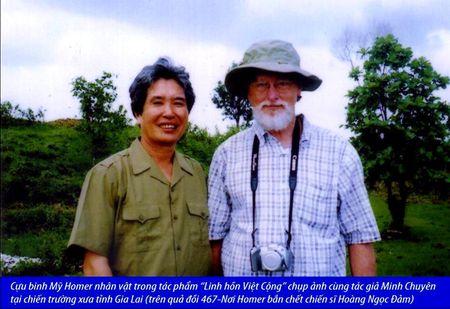 Minh Chuyen- Nha van noi tieng viet ve thoi hau chien - Anh 1