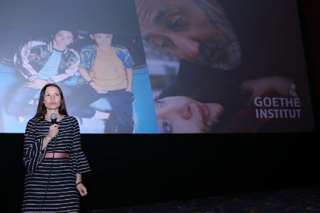 Dao dien Anne Zohra Berrached mang bo phim gay tranh cai tai Duc toi Viet Nam - Anh 1
