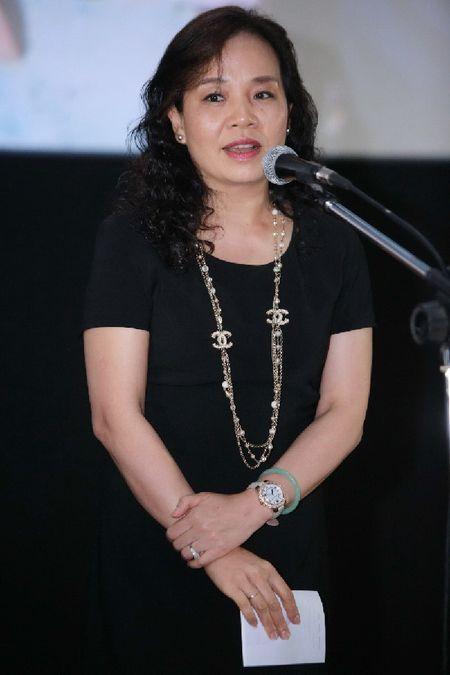 Dao dien Anne Zohra Berrached mang bo phim gay tranh cai tai Duc toi Viet Nam - Anh 3
