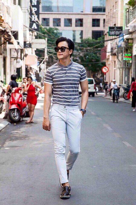 Thay giao dien trai trong MV 'Em gai mua' cua Huong Tram la ai? - Anh 10