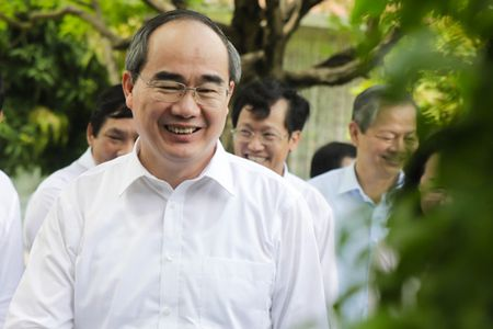 'Thu tuc cap phep doanh nghiep o TP.HCM se khong thua kem Singapore' - Anh 1