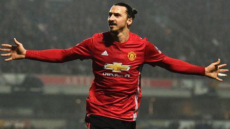 Man Utd thong tri top ao dau ban chay nhat nuoc Anh - Anh 10