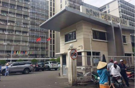Danh ghen nao loan benh vien Cho Ray TP.HCM - Anh 1