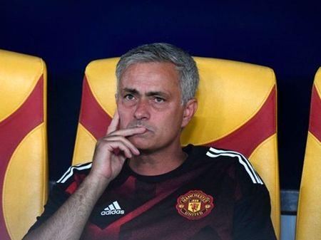 Voi Phil Jones, Mourinho da tim thay 'John Terry cua Man United' - Anh 3