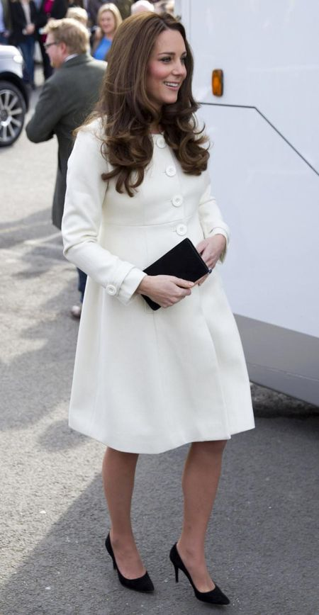 Me man thoi trang ba bau cua Cong nuong Kate Middleton - Anh 4