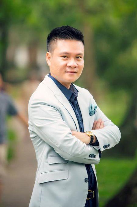 Ca si Hoang Tung nhan giai thuong 'Tieng noi Viet Nam' lan thu nhat - Anh 11