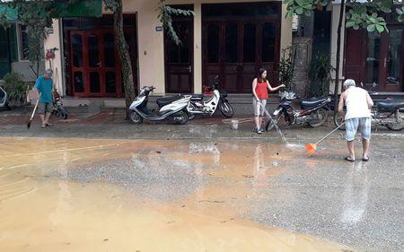 Yen Bai khac phuc hau qua ngap lut cuc bo - Anh 1