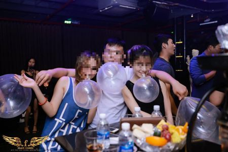 Ky 11: Bar F.Club Ha Noi tiep tuc bi xu phat ve vi pham PCCC - Anh 7