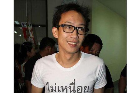 Con trai cuu Thu tuong Thaksin se bi khoi to ve toi rua tien - Anh 1