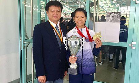 Lan dau tien vo si Viet Nam gianh HCV karatedo the gioi - Anh 1