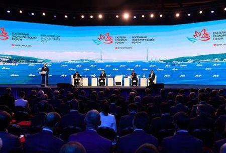 Suc voc ong Putin tu dien dan Kinh te Phuong Dong - Anh 2