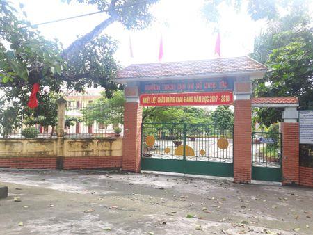 Vu lam thu tai Truong THCS Minh Tan: Dinh chi cong tac hieu truong - Anh 1
