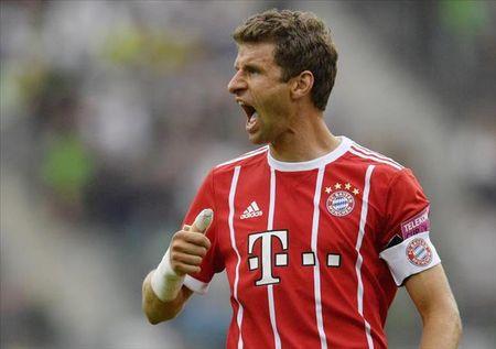 Thomas Muller tung muon roi Bayern Munich toi Man Utd - Anh 1