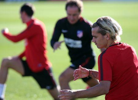Torres ren the luc de chuan bi 'chien' voi AS Roma - Anh 2