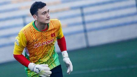 NONG: Sy Manh thua nhan danh Van Lam vi toi hon - Anh 1