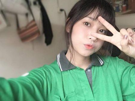 'Hot girl xe om' va cap mat ngo ngac hop hon dan mang - Anh 5