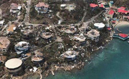 Thien duong cua 'di nhan' Richard Branson tan hoang sau sieu bao Irma - Anh 2