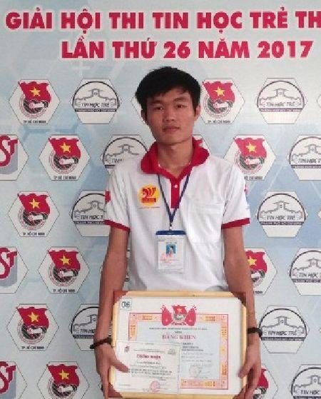 Dong cam voi sinh vien qua phan mem 'Giai phap nha tro' - Anh 1