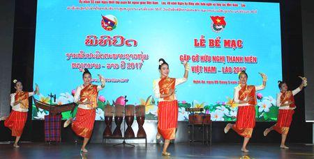 Gap go huu nghi thanh nien Viet Nam - Lao, Viet Nam - Campuchia: - Giu gin, phat huy tinh than doan ket la trach nhiem cua the he tre - Anh 2
