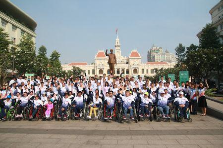 Doan the thao nguoi khuyet tat Viet Nam xuat quan du ASEAN Para Games - Anh 1