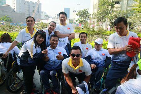 Doan the thao nguoi khuyet tat Viet Nam xuat quan du ASEAN Para Games - Anh 2