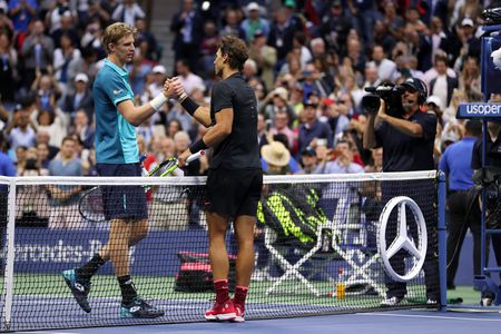 Don ep Kevin Anderson den nghet tho, Rafa Nadal vo dich My mo rong 2017 - Anh 5