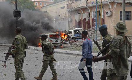Giao tranh khoc liet giua quan doi Somalia va cac tay sung Al-Shabaab - Anh 1