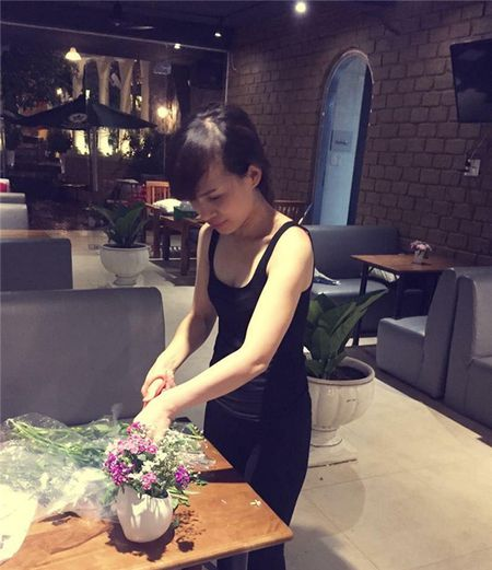 Chan dung Hoai Le, nguoi chi dau giau co nhung gian di, rat than thiet voi Ho Ngoc Ha - Anh 8