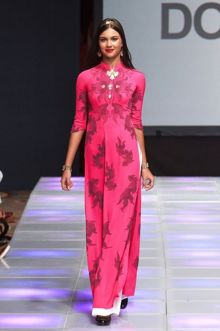 Khai mac New York Couture Fashion Week, NTK Viet tao tieng vang lon - Anh 1