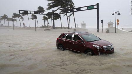 "Nong ngay 11/9: Con bao ""quai vat khong lo"" Irma tan pha Florida, My - Anh 1"
