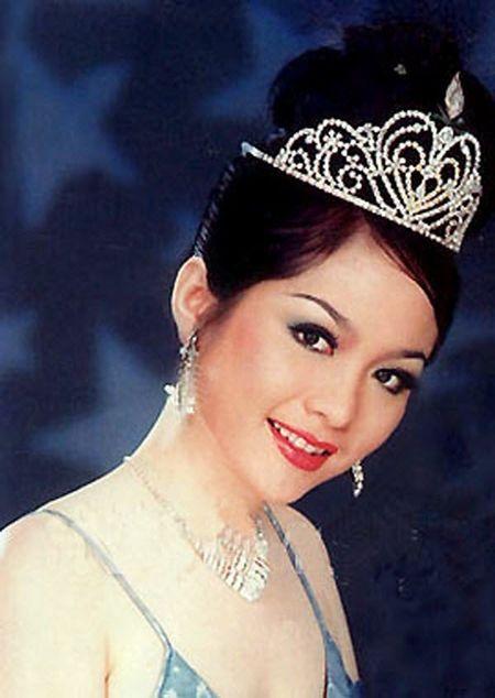 Bat ngo nhan sac cua Hoa hau Viet Nam dang quang 2 lan - Anh 1