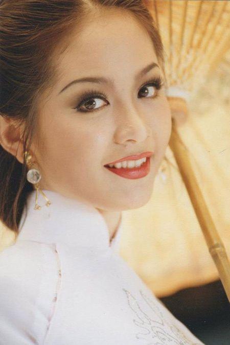 Bat ngo nhan sac cua Hoa hau Viet Nam dang quang 2 lan - Anh 3