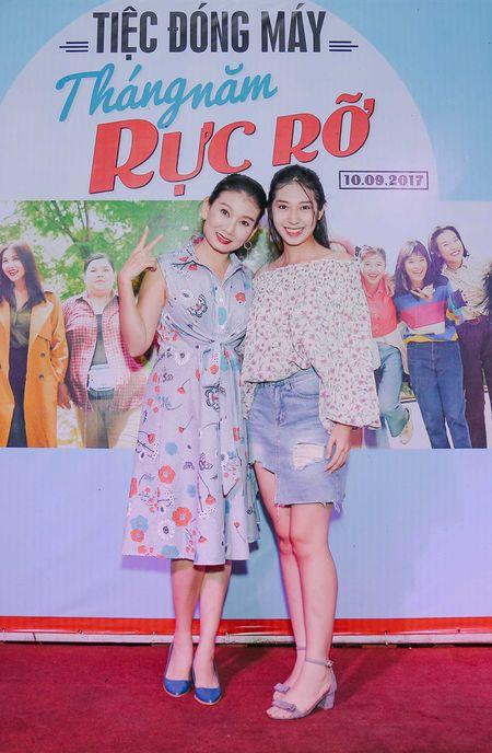 Nhom nu quai Ngua Hoang cuc nhang nhit trong tiec dong may 'Sunny' ban Viet - Anh 7