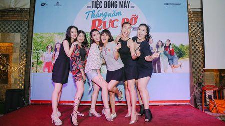 Nhom nu quai Ngua Hoang cuc nhang nhit trong tiec dong may 'Sunny' ban Viet - Anh 9