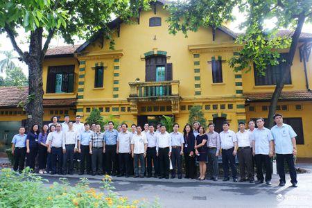 Bo TT&TT dang huong tuong niem Chu tich Ho Chi Minh - Anh 3