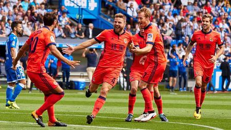 Tieu diem V3 La Liga: 'May ghi ban' Messi, Real nho Ronaldo phat dien - Anh 3