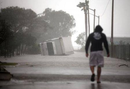 Tinh canh khon cung cua nguoi dan Florida trong sieu bao Irma - Anh 4