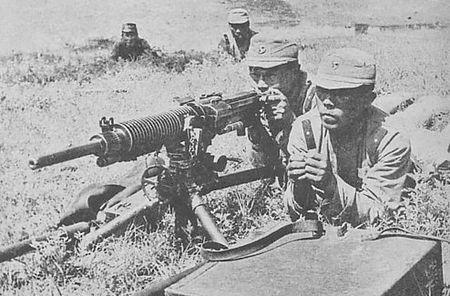 Kham pha khau sung may Nhat dang so trong tay quan doi Viet Nam - Anh 3