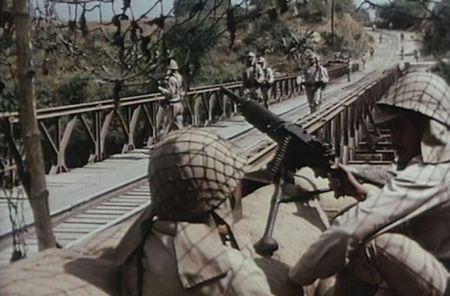 Kham pha khau sung may Nhat dang so trong tay quan doi Viet Nam - Anh 8