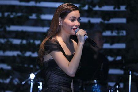 Kim Ly am tham xem Ho Ngoc Ha bieu dien o Ha Noi - Anh 2