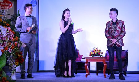 Anh Quan bolero cung ca si Nhat Kim Anh ra mat MV 'Huong mia tinh em' - Anh 2