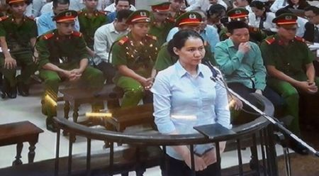 Lanh dao Loc hoa dau Binh Son: Loi khai cua nguyen TGD OceanBank la bia dat - Anh 1