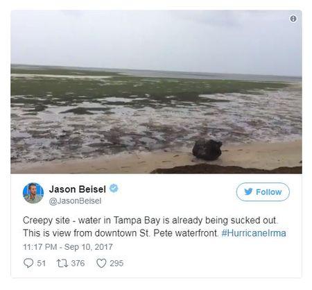 Bao Irma hut het nuoc khoi bo bien o Bahamas - Anh 3