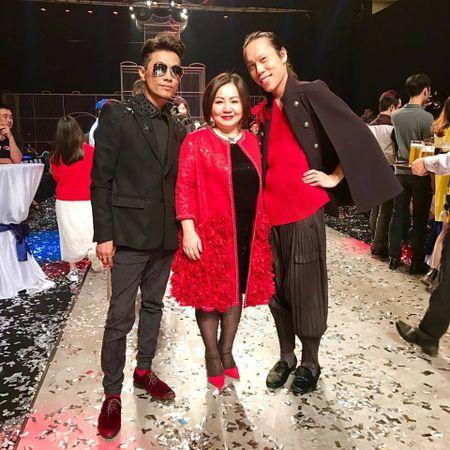 Trang Le - 'nguoi phu nu quyen luc' dang sau Next Top van chi ua chuong mot chiec ao - Anh 14