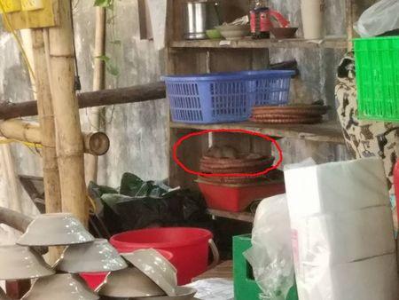 Dich sot xuat huyet tai Ha Noi: Nguoi dan song gan nha hang Luong Son Quan bat ngo len tieng phan doi - Anh 2