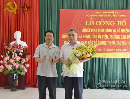 Trao Quyet dinh bo nhiem Giam doc So Thong tin va Truyen thong - Anh 2