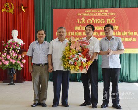 Trao Quyet dinh bo nhiem Giam doc So Thong tin va Truyen thong - Anh 4