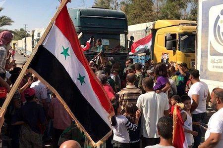 Quan doi Syria noi thong tuyen duong huyet mach cua Deir ez-Zor - Anh 1